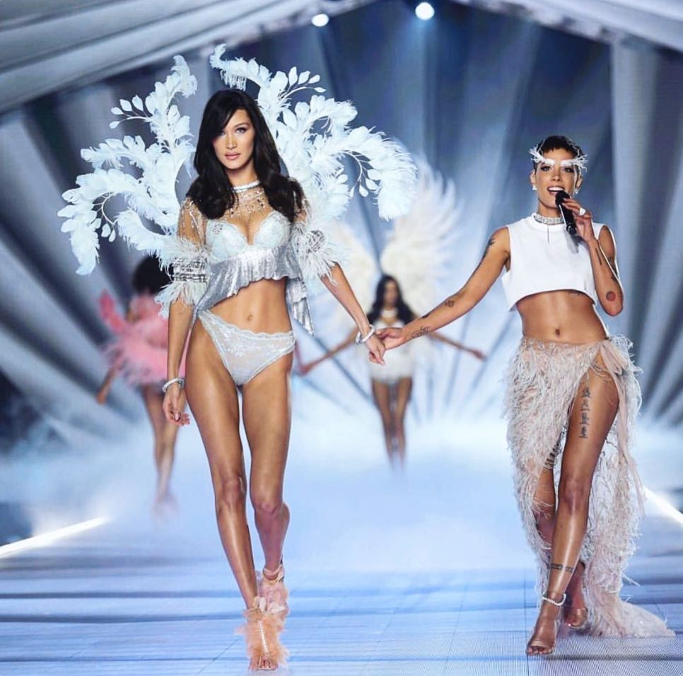 Le défilé le plus hot de Victoria Secret en 55 photos!