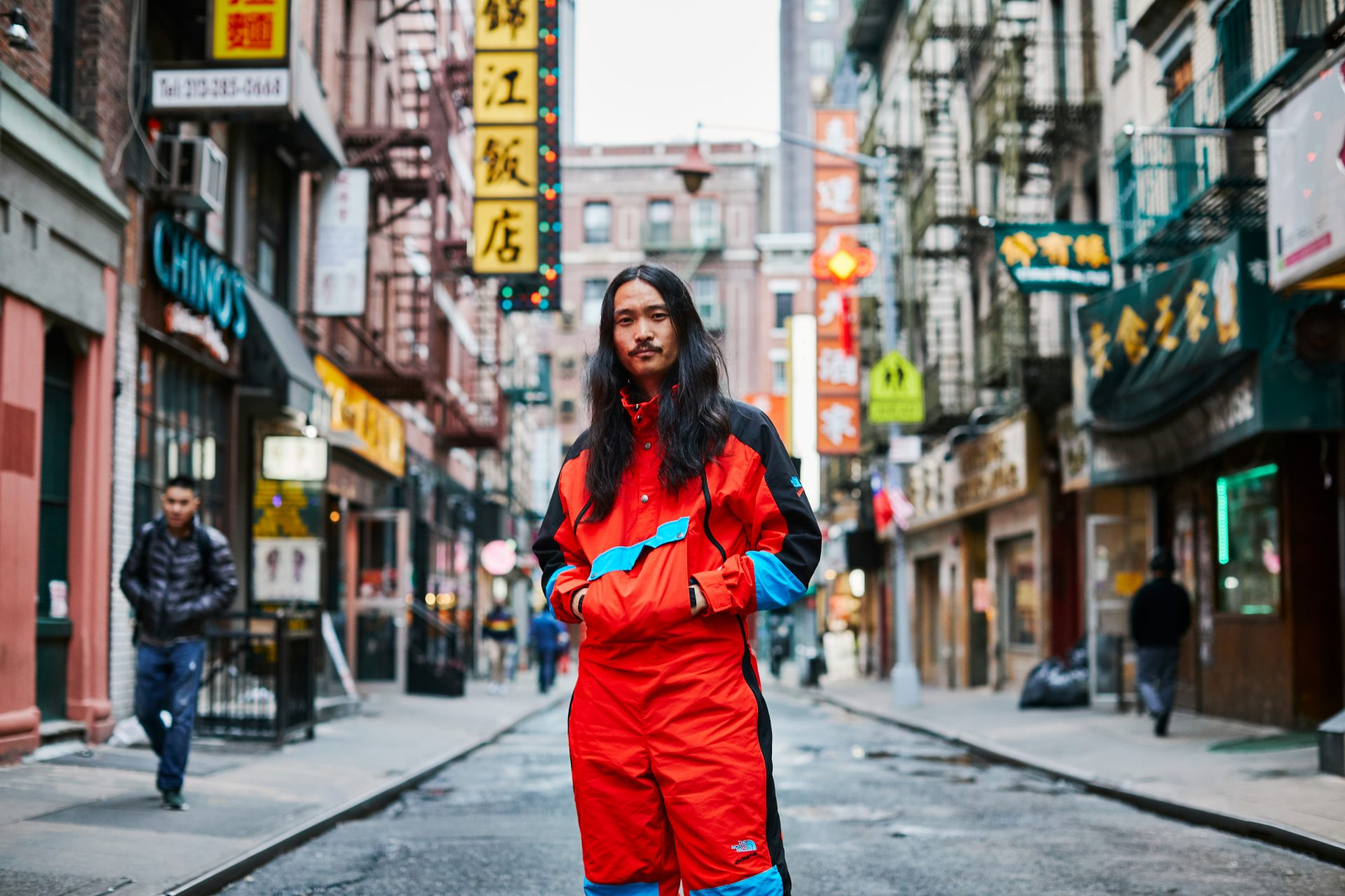 20191008_TNF_Felber_M_90_Extreme_Wind_Suit_Fiery_Red_Combo_03023
